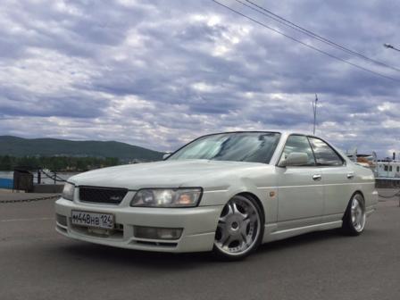 Nissan Laurel 2000 - отзыв владельца