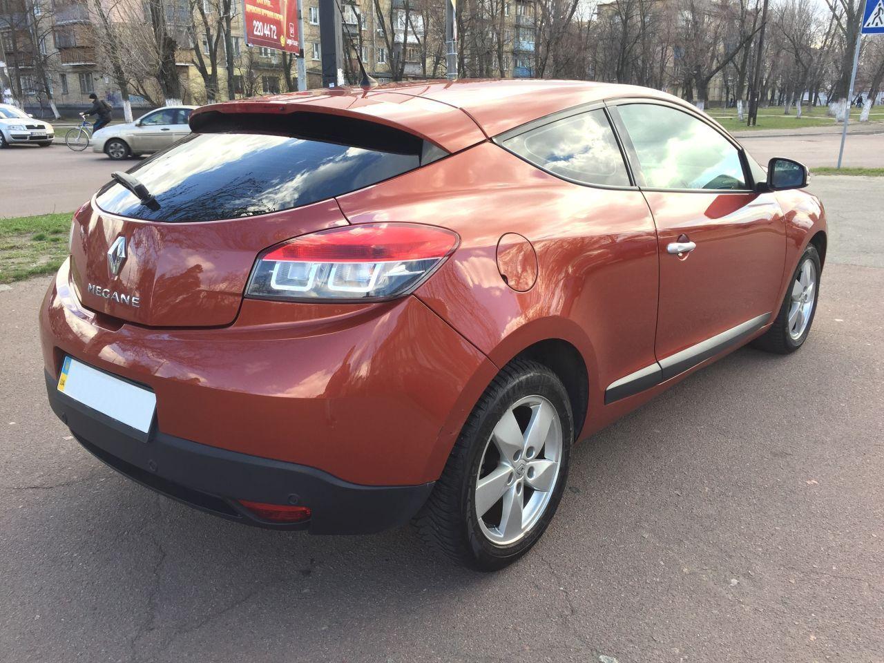 Renault Megane 2010 года 2 литра Всем привет Cvt бензин