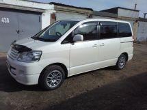 Toyota Noah, 2003