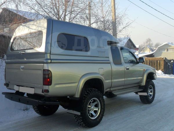 Toyota Hilux Pick Up, 2003 год, 1 350 000 руб.