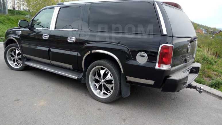 Cadillac Escalade, 2005 год, 900 000 руб.