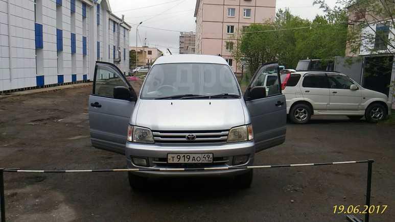 Toyota Noah, 1997 год, 330 000 руб.