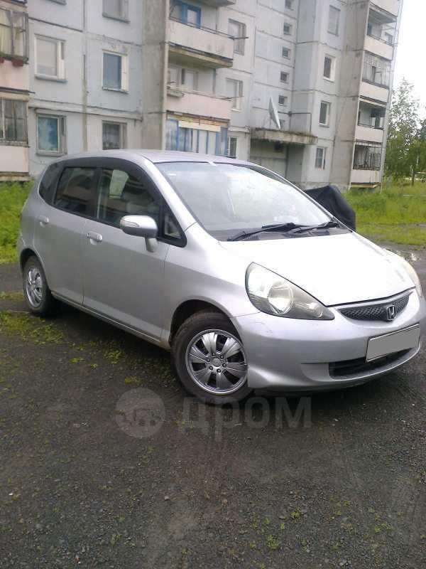 Honda Fit, 2004 год, 260 000 руб.
