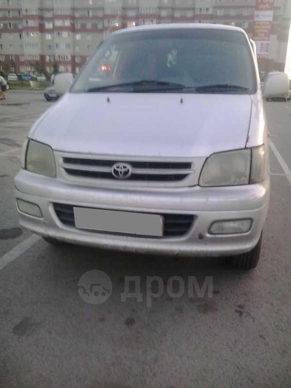 Toyota Town Ace Noah, 2001 год, 358 000 руб.