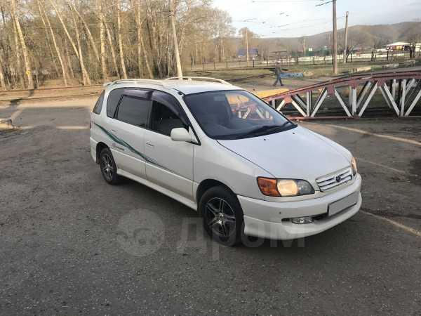 Toyota Ipsum, 2000 год, 170 000 руб.