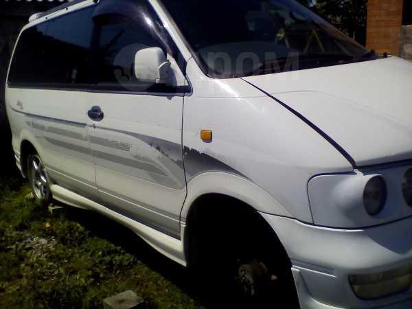 Nissan Largo, 1998 год, 250 000 руб.