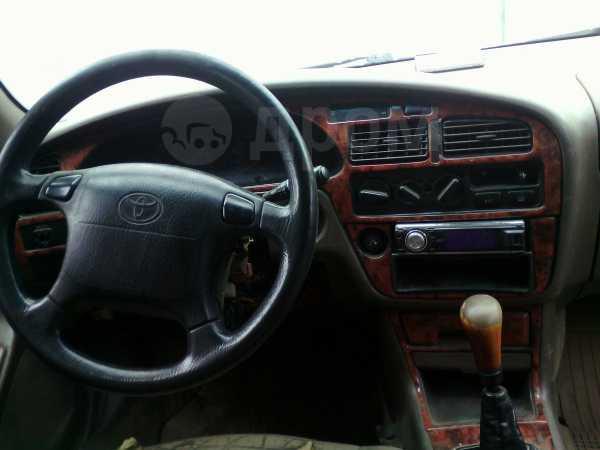 Toyota Camry, 1996 год, 90 000 руб.