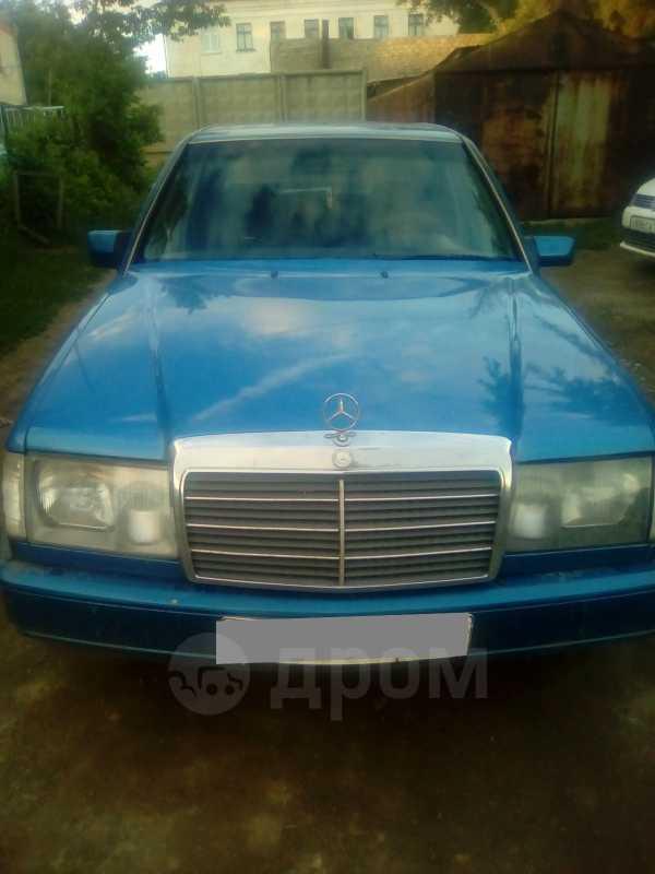 Mercedes-Benz E-Class, 1985 год, 125 000 руб.