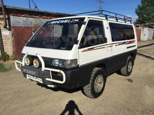 Mitsubishi Delica, 1994 год, 280 000 руб.