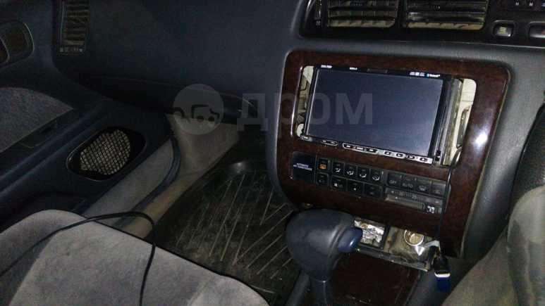 Toyota Crown, 1993 год, 109 000 руб.