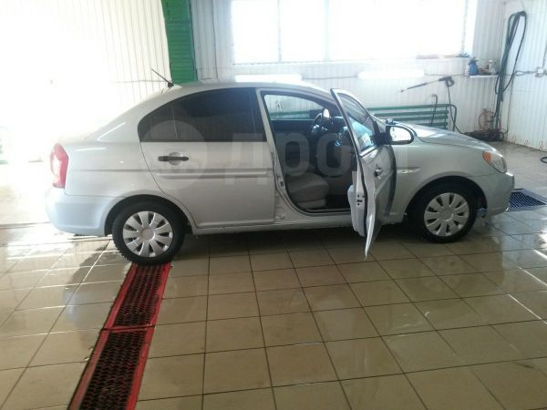 Hyundai Verna, 2006 год, 219 000 руб.
