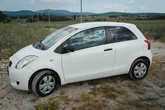 Toyota Yaris, 2008 год, 235 000 руб.