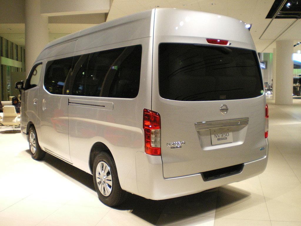 Nissan NV350 Caravan 2012, 2013, 2014, 2015, 2016, минивэн ...