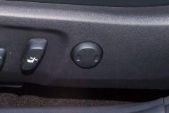 Поясничная опора в передних сиденьях: да
