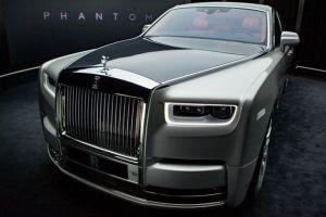 Первые фото Rolls-Royce Phantom восьмого поколения