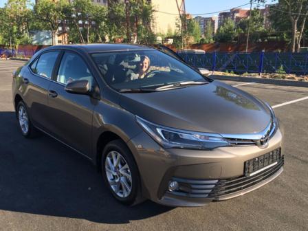 Toyota Corolla 2017 - отзыв владельца