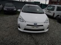 Toyota Aqua, 2012