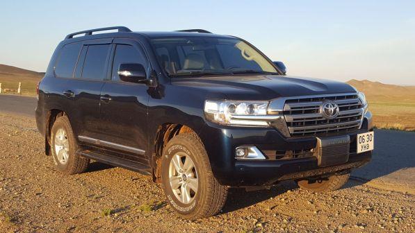 Toyota Land Cruiser 2017 - отзыв владельца