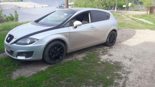 SEAT Leon 2010 - отзыв владельца
