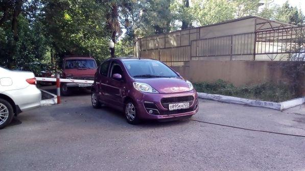 Peugeot 107 2012 - отзыв владельца