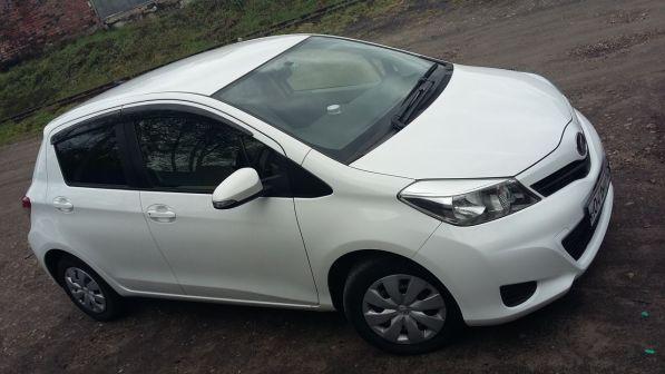 Toyota Vitz 2012 - отзыв владельца
