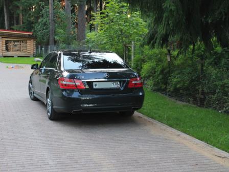 Mercedes-Benz E-Class 2011 - отзыв владельца