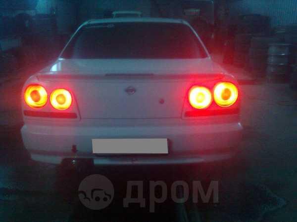 Nissan Skyline, 2001 год, 240 000 руб.