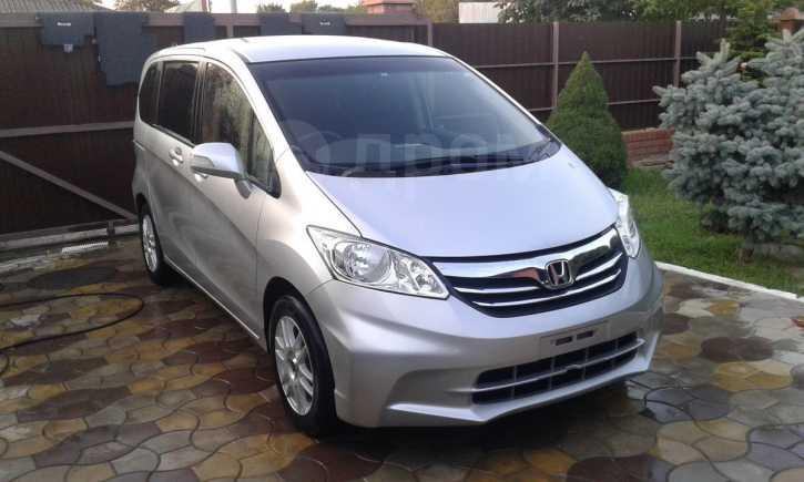 Honda Freed, 2012 год, 749 000 руб.