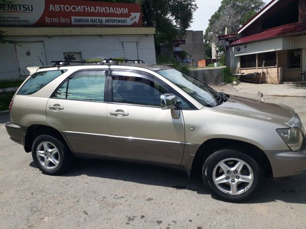 Toyota Harrier, 1999 год, 540 000 руб.