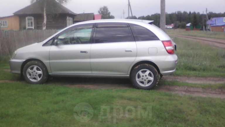 Toyota Nadia, 2001 год, 370 000 руб.
