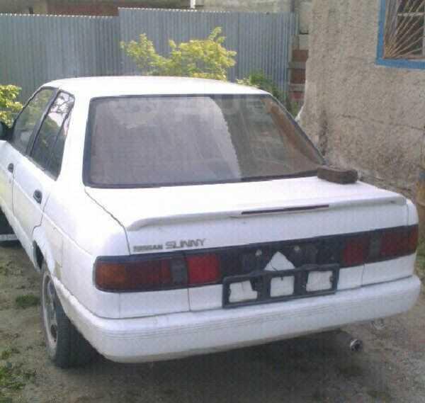 Nissan Sunny, 1990 год, 25 000 руб.