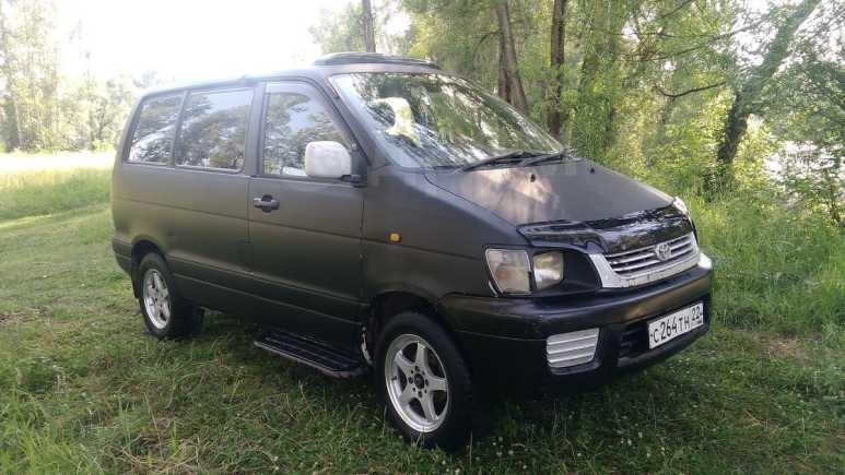 Toyota Town Ace Noah, 1999 год, 210 000 руб.