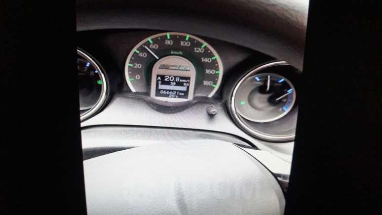 Honda Fit Shuttle, 2012 год, 638 000 руб.
