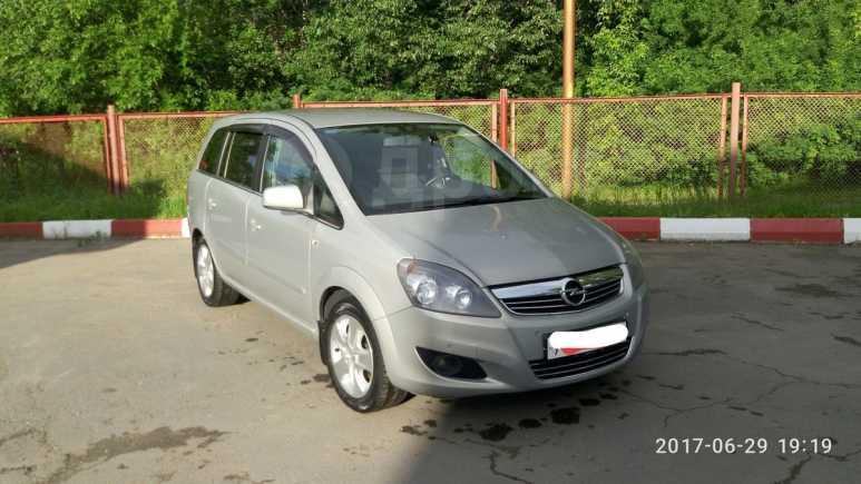 Opel Zafira, 2011 год, 495 000 руб.