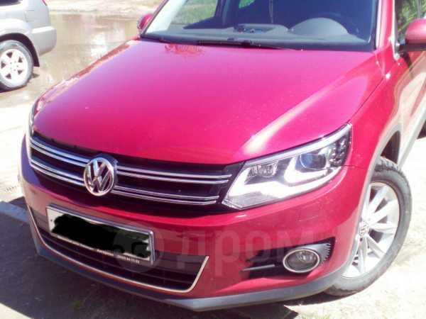 Volkswagen Tiguan, 2013 год, 1 250 000 руб.