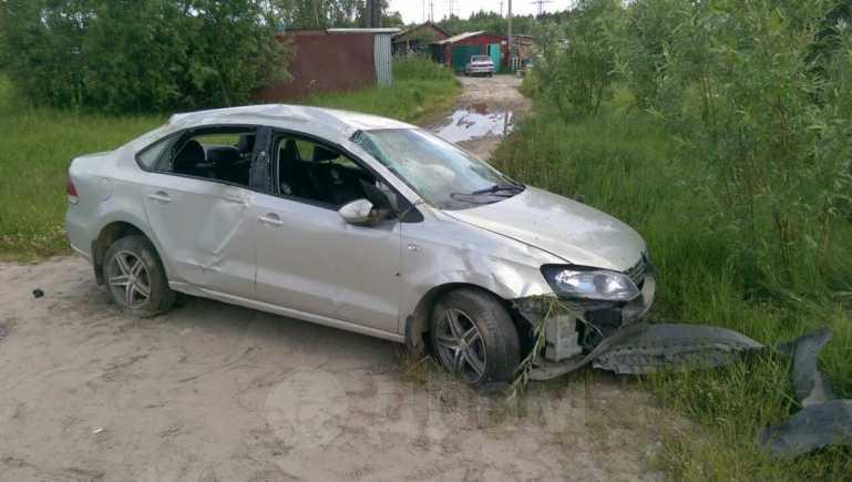 Volkswagen Polo, 2011 год, 215 000 руб.
