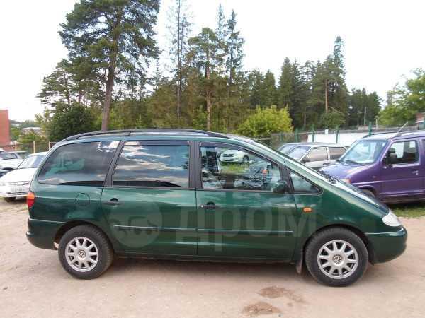 Volkswagen Sharan, 2000 год, 237 000 руб.