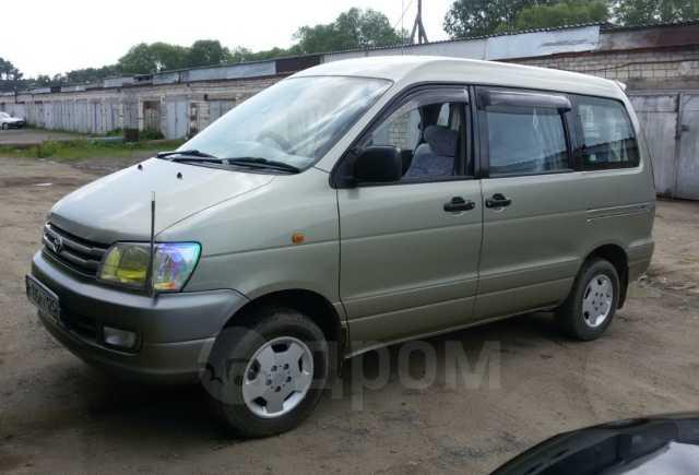 Toyota Town Ace Noah, 1997 год, 450 000 руб.