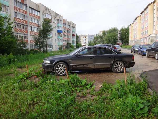 Audi A8, 2000 год, 410 000 руб.