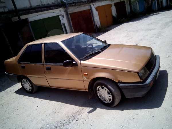 Mitsubishi Lancer, 1986 год, 80 000 руб.