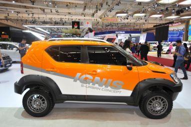 Suzuki Ignis превратили в брутальный внедорожник