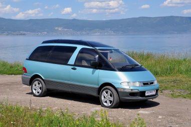Народное ретро: минивэны Toyota Estima/Previa & Emina/Lucida. Почти НЛО