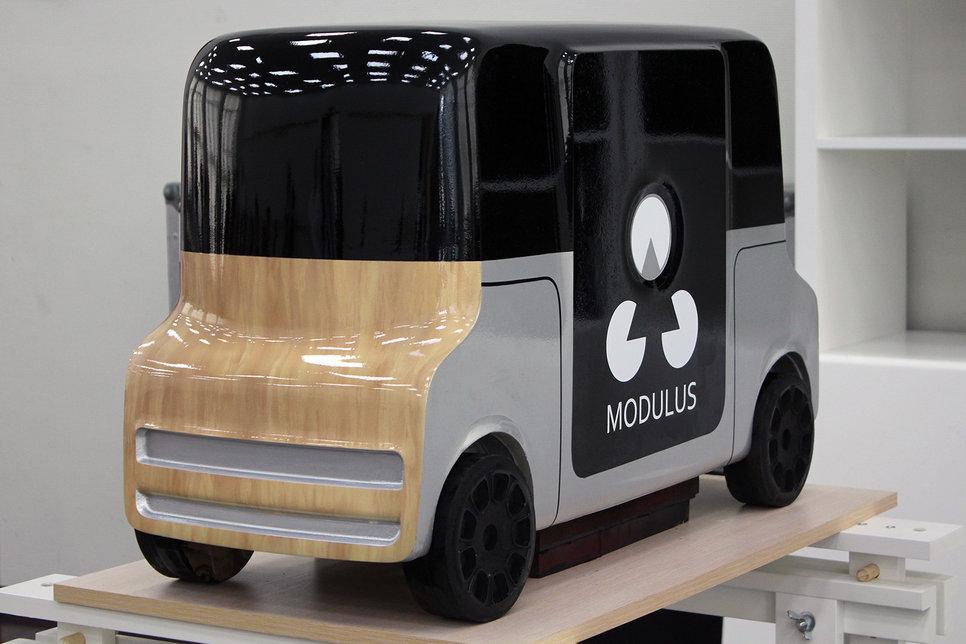 Какими видят автомобили будущего российские студенты Обзор  Дипломник Антон Лозовский представил проект беспилотного автомобиля вагончика modulus предназначенного для работы в изолированных территориях кампусах