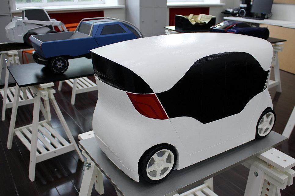 Какими видят автомобили будущего российские студенты Обзор  Габариты 3980 х 2000 х 2300 мм База 3150 мм