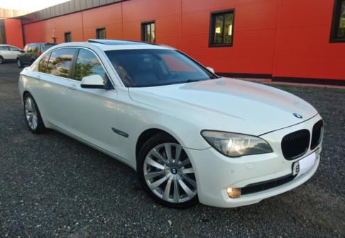 BMW 7-Series 2009 - отзыв владельца