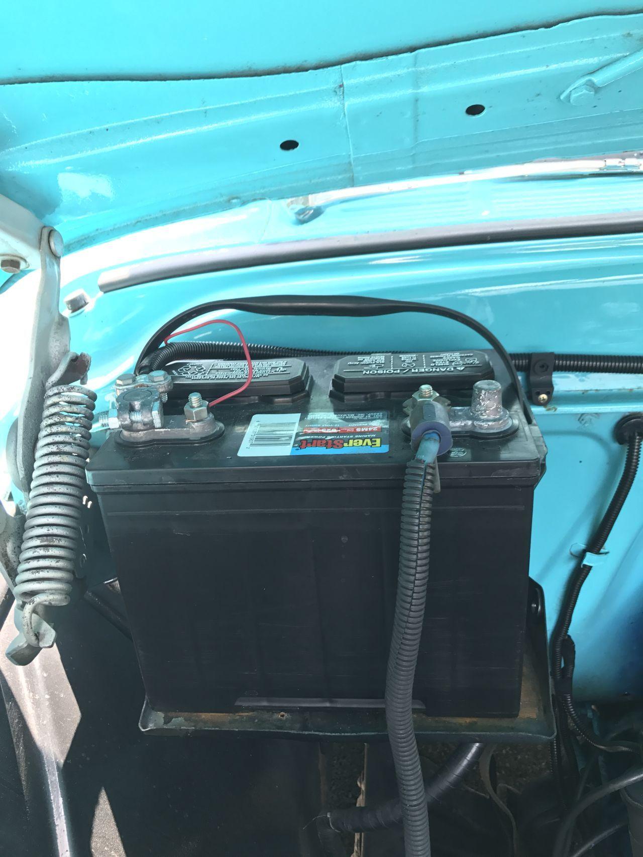 аккумулятор с двойными клеммами