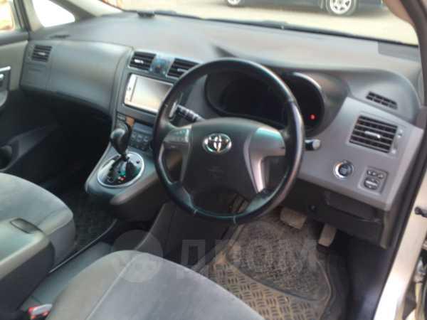 Toyota Mark X Zio, 2010 год, 800 000 руб.