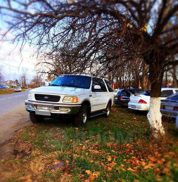 Ford Expedition, 1998 год, 900 000 руб.