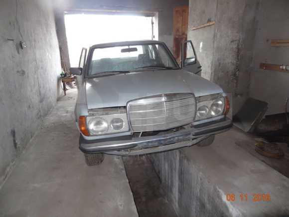 Mercedes-Benz E-Class, 1982 год, 110 000 руб.