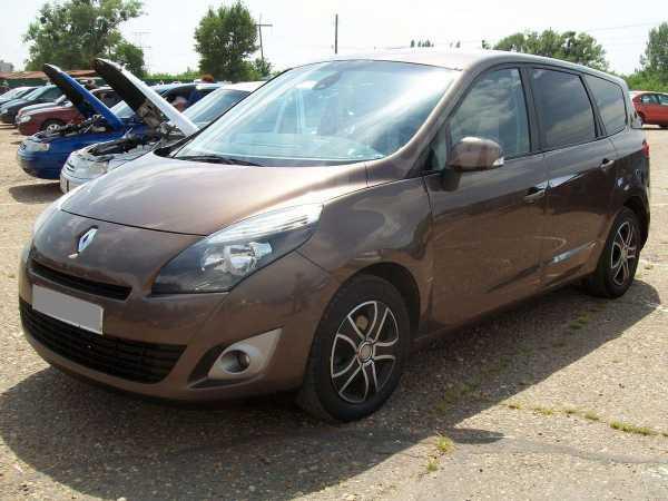 Renault Grand Scenic, 2011 год, 635 000 руб.